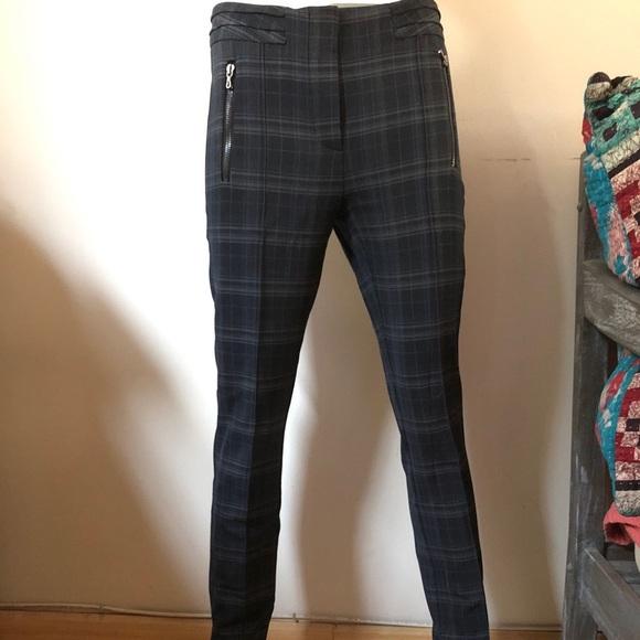 a5c8b1c1 New Zara Plaid Pants - Size Small